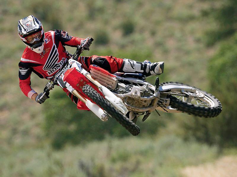 Consejos para sobrevivir en moto